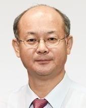 [이학영 칼럼] '아베 리더십'에 관한 비망록
