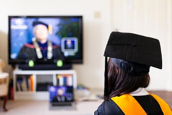 '해외 유학생 21만명 시대' 실패없는 해외 대학원 준비 방법은?