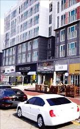 [한경 매물마당] 연 8.5%, 용인 중심상업지 대형 카페 등 8건