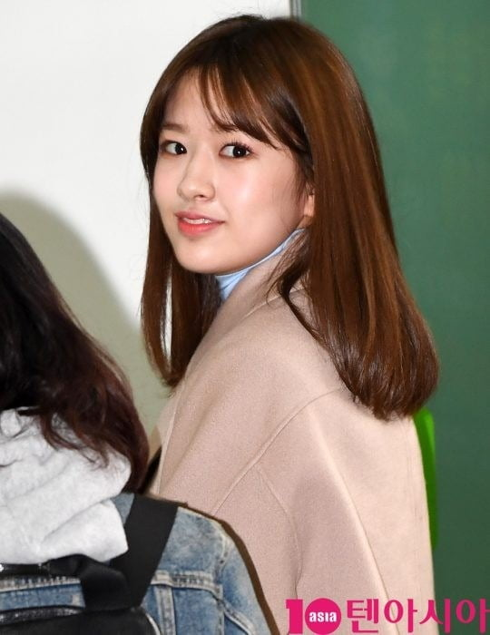 아이즈원 안유진 '돌아보면 심쿵'