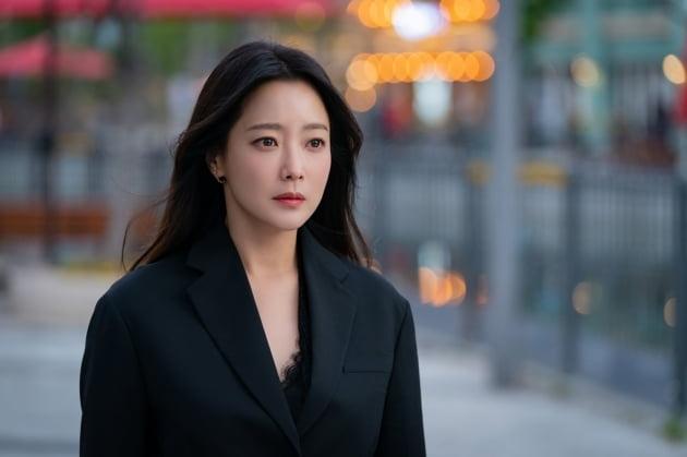 '앨리스' 김희선 스틸컷 /사진=SBS 제공