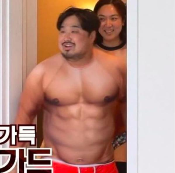 [스타탐구생활] '알고보니 훈남' 강재준, 점점 드러나는 턱 선(TEN컷)