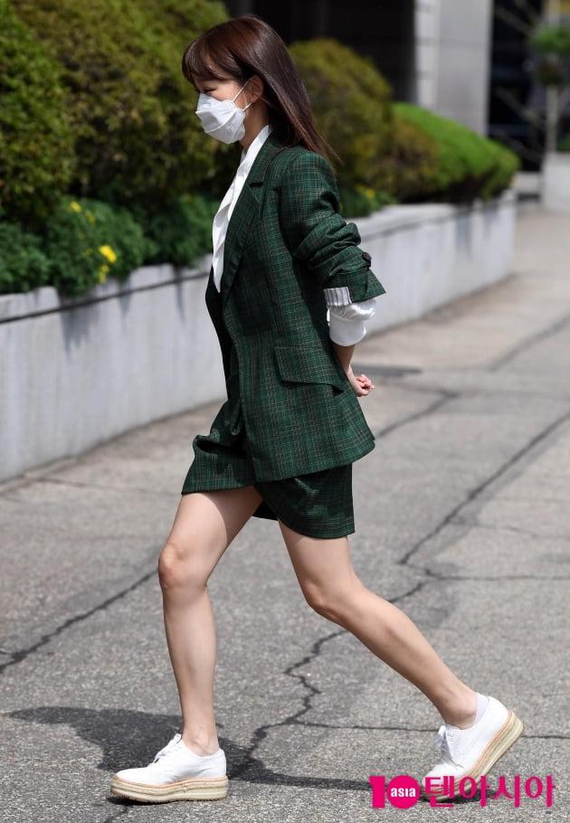 [TEN 포토] 진기주 '살금살금~ 캣워크'(오 삼광빌라)