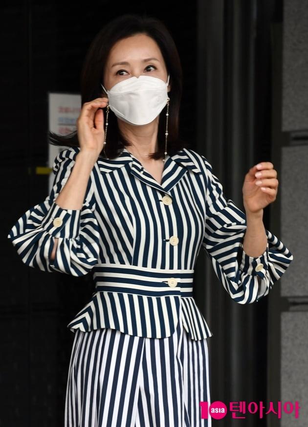 [TEN 포토] 전인화 '시선 압도 치명美'
