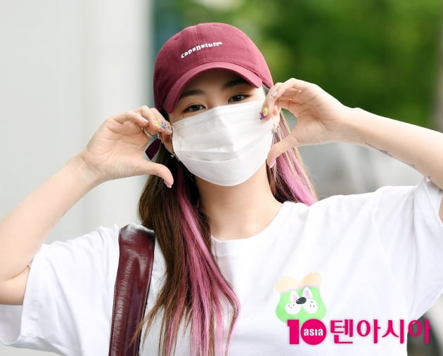 [TEN 포토] 제이미 '자작곡 '넘버스' 사랑해주세요'