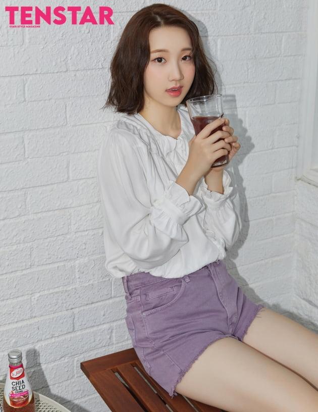 """""""에이핑크 처럼""""…위클리, 데뷔 3개월 만에 '텐스타' 커버 주인공 [화보]"""
