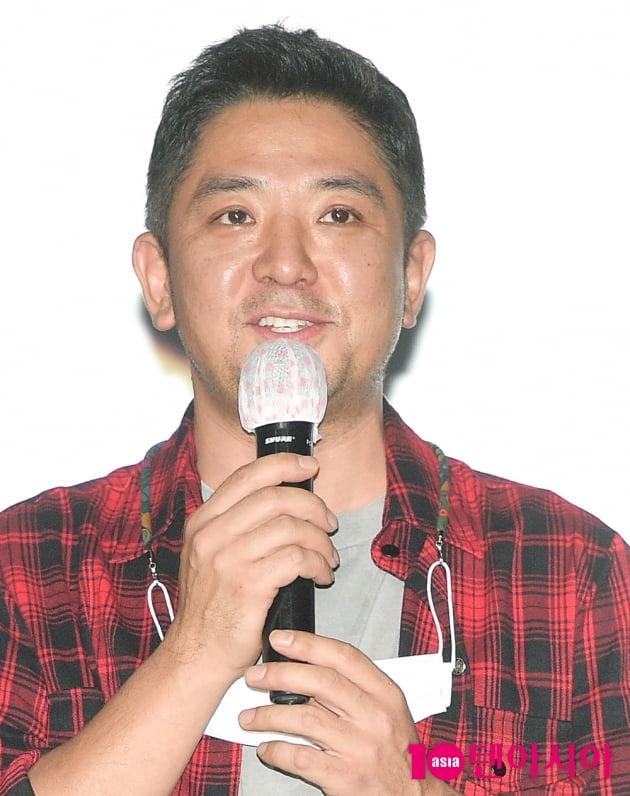 [TEN 포토] 인사말 전하는 '피원에이치' 창감독