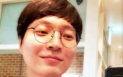 '도박+뎅기열' 신정환, <br>26일 유튜브로 복귀