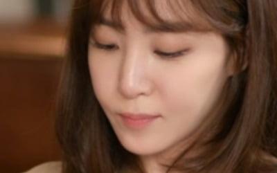 김이나, 역대급 동안외모…40대라고?