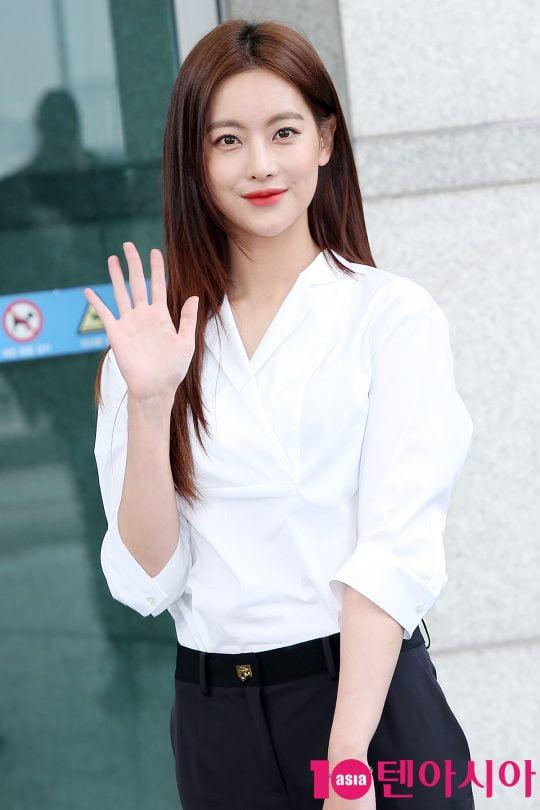[스타탐구생활] 오연서, '스타일의 완성은 얼굴'…셀카여신 등극 (TEN컷)