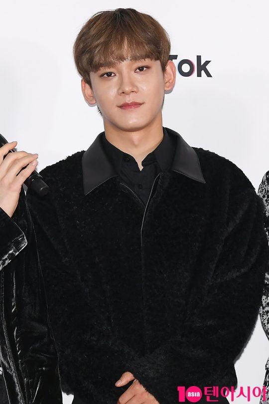 [B컷 방출] 엑소(EXO) 첸 '기부요정 등극'…미담으로 전한 근황