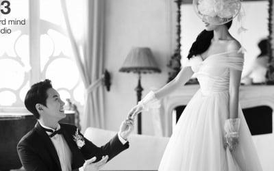 전진 결혼…웨딩화보서 미모의 신부 공개