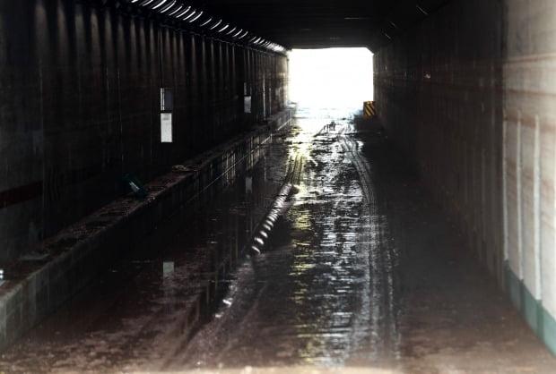 지난 7월 폭우 침수로 3명의 목숨을 앗아간 부산 초량 제1지하차도. /사진=연합뉴스