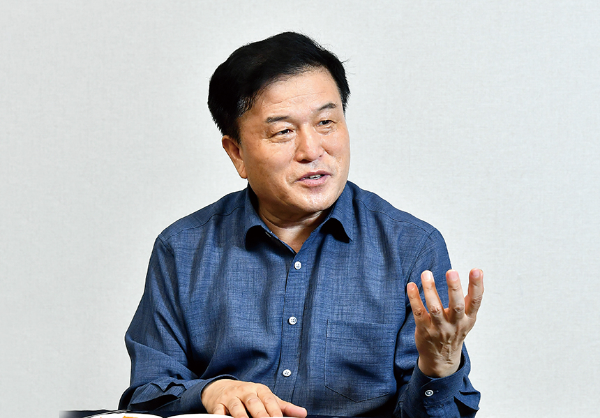 """이진복 """"부산에 창조적 강소기업 만들기 위한 판 깔아줄 것"""""""