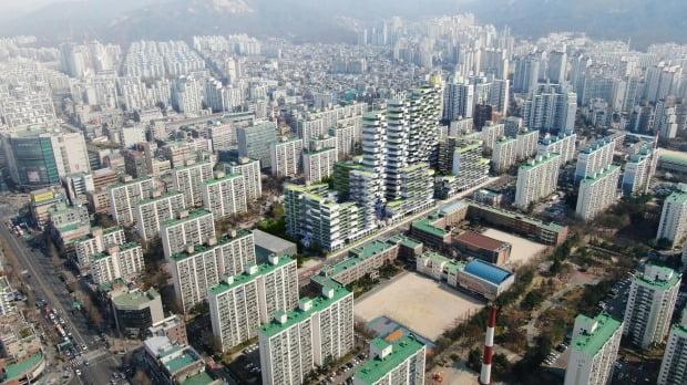 상계주공 5단지의 재건축 예상 조감도 더해진 상계동 아파트 일대. (자료 한경DB)
