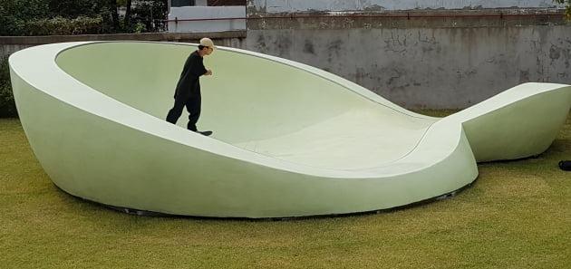방울 소리·어둠 속 초록빛…양혜규·구정아가 펼친 '존재의 의미'
