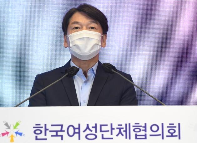 """안철수, 서울시장 출마설에 """"누가 말 전했는지…생각 없다"""""""