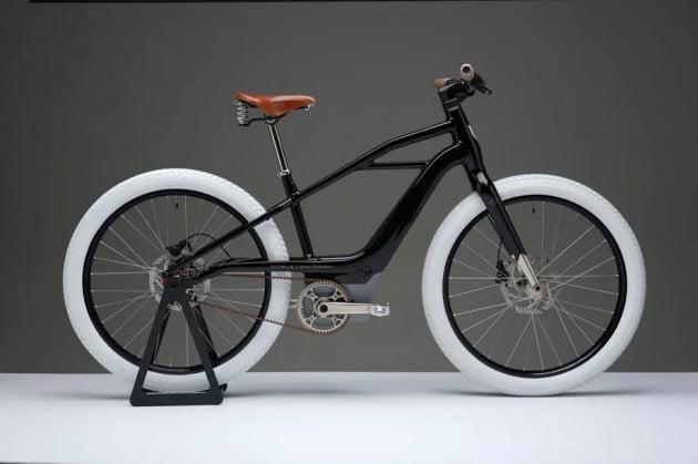 할리데이비슨이 27일(현지시간) 공개한 자사 첫 전기자전거. 할리데이비슨 제공