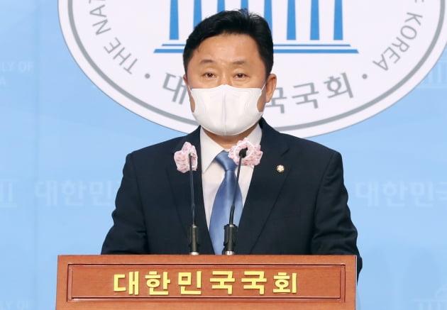 최인호 더불어민주당 수석대변인. 뉴스1
