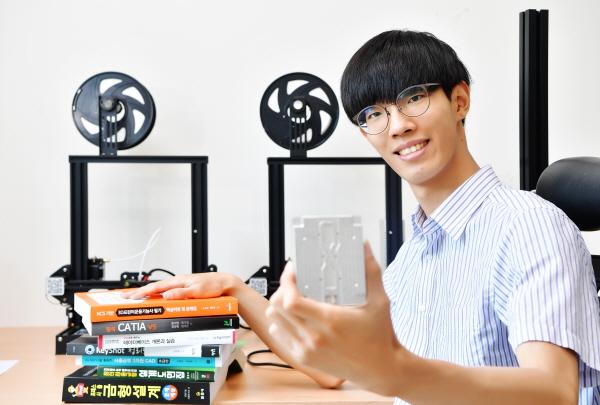 [2020 인하대 스타트업 CEO] 초기 창업자 돕는 시제품 개발 스타트업 에나스