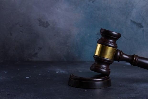 '몸에 붙은 귀신을 쫓아준다'면서 비합리적 퇴마의식으로 20대 여성을 사망에 이르게 한 무속인에게 징역 5년이 선고됐다. 사진은 기사와 무관함. /사진=게티이미지뱅크