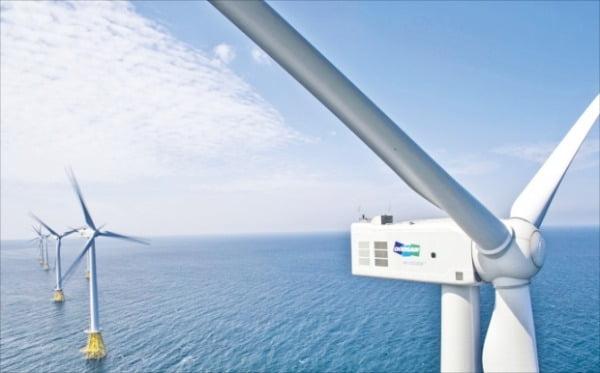 국내 최초 해상풍력단지인 탐라해상풍력 발전단지 전경.  두산 제공
