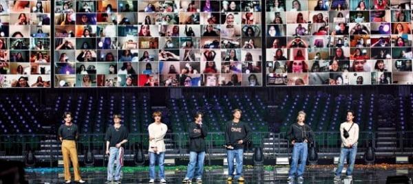 지난 10일 열린 온라인 콘서트에서 방탄소년단 멤버들이 화면을 통해 팬들과 인사하고 있다.   빅히트엔터테인먼트 제공