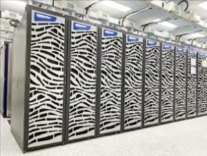 블랙홀의 기원을 연구하는 데 사용하는 슈퍼컴퓨터 '누리온'.  /KISTI 제공
