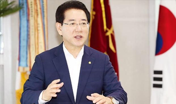 """김영록 전남지사 """"융복합 인재 키워 차세대 에너지산업 세계 시장 선도할 것"""""""