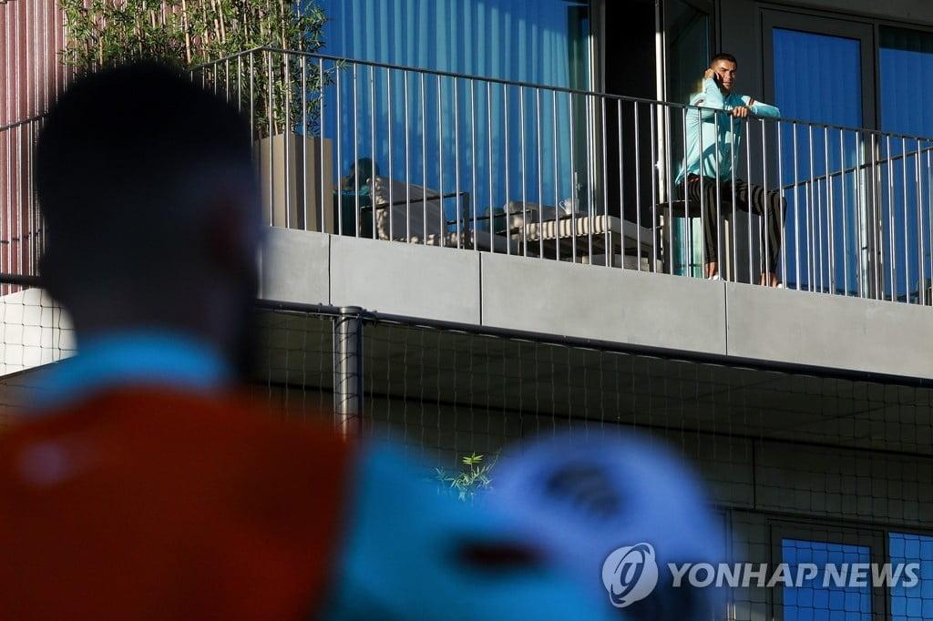 코로나19 확진 판정으로 훈련에 불참한 호날두 (사진=포르투갈축구협회/연합뉴스)