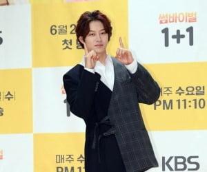"""가세연, 김희철에 """"토악질 나와"""" 공개 저격"""