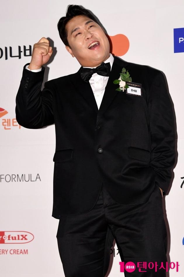[TEN 포토] 문세윤 '올해의 개그맨상 수상'(브랜드대상)