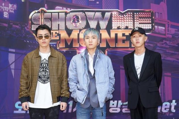 '쇼미더머니9'의 래퍼 저스디스(가운데)와 그루비룸/ 사진=Mnet 제공