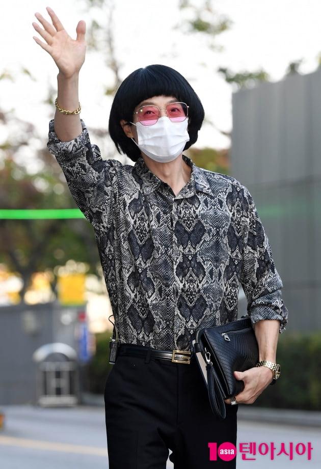 [TEN 포토] 신박기획 대표 지미 유 '환불원정대 잘 부탁드려요'