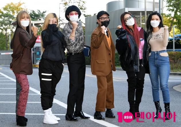 [TEN 포토] 환불원정대-지미 유-정봉원 '데뷔곡 돈 터치 미 신박기획 대박나자'