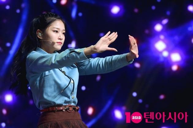 [TEN 포토] 이달의 소녀 현진 '예쁨 장착 완료!'