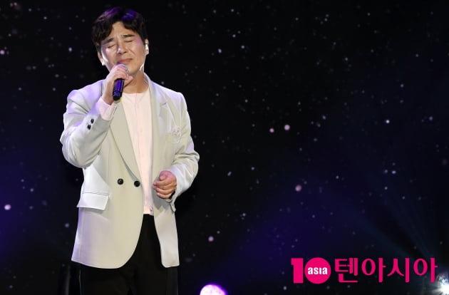 [TEN 포토] 임창정 '돌아온 감성발라더'