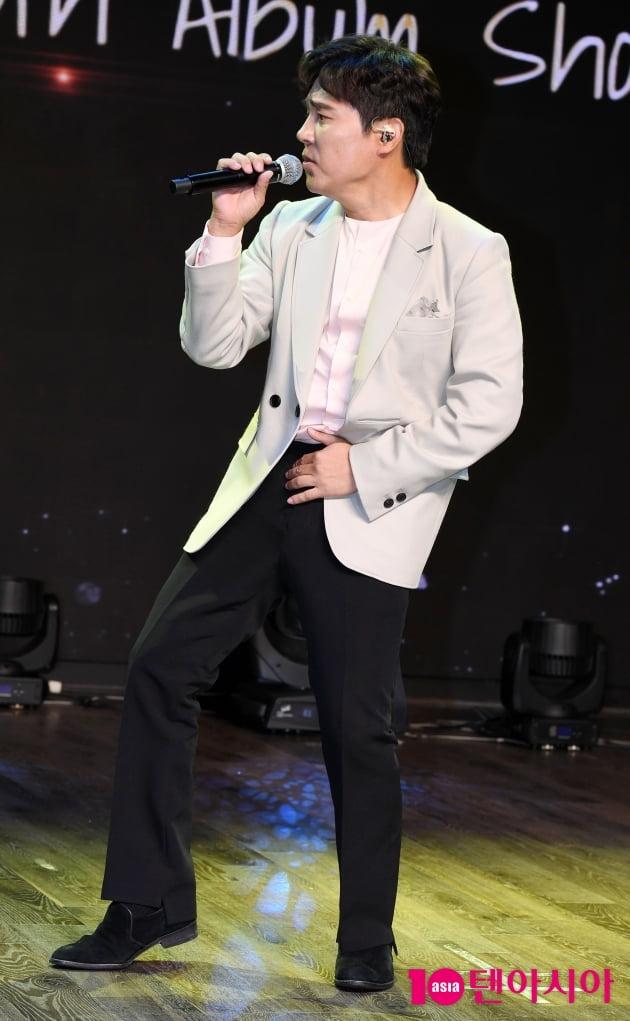 [TEN 포토] 임창정 '유쾌한 무반주 댄스 어때요~'