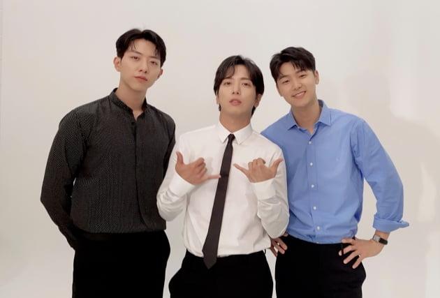 밴드 씨엔블루 이정신 정용화 강민혁(왼쪽부터). 사진 = FNC엔터테인먼트 제공