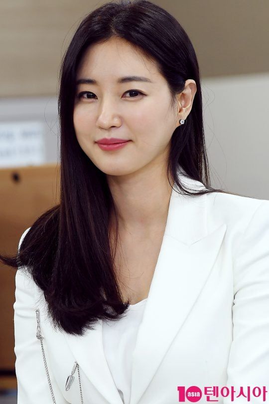 [B컷 방출] '복수해라' 김사랑, '멍 투성이'…충격적인 얼굴로 안방극장 복귀