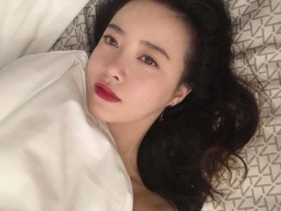 """""""매혹美 작렬""""…구혜선, 침대 셀카 '도발적'"""