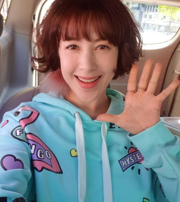 '이병헌 동생' 이지안, 화려한 돌싱?…75평 아파트 있지만 통장 '텅텅' [종합]