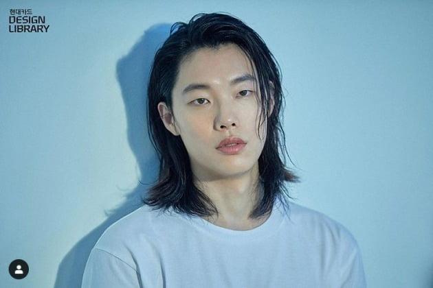 배우 류준열이 사진전을 연다. / 사진=현대카드 인스타그램