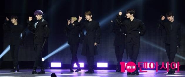 [TEN 포토] 드리핀 '앨범 '보이저'로 데뷔'