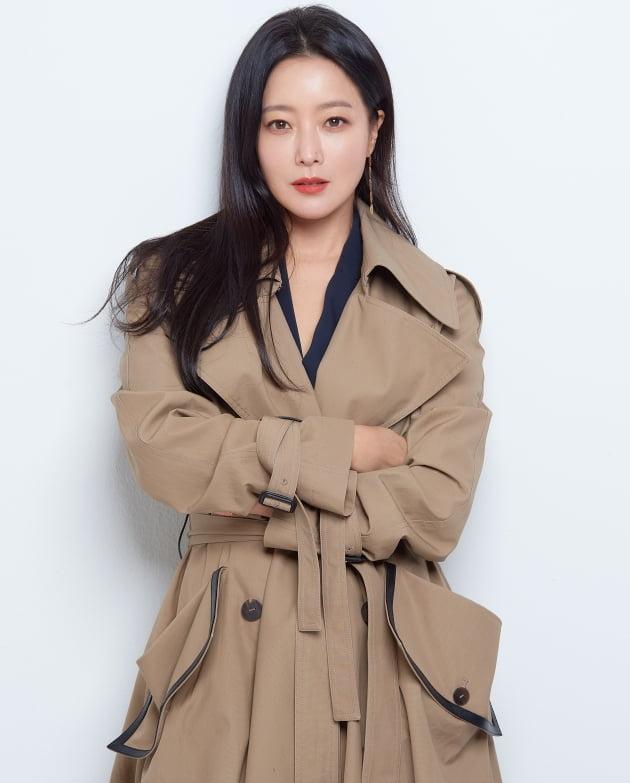 드라마 '앨리스'에서 열연한 배우 김희선/ 사진=힌지엔터테인먼트 제공