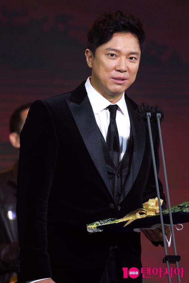 [TEN 포토] '2020 대중문화예술상' 정성화, '위트 넘치는 수상소감'