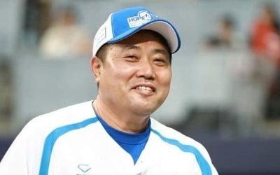 양준혁, 유사강간 혐의로 피소…'충격'