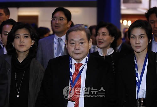 """[이건희 별세] 주식재산만 18조…""""상속세 10조 넘어 역대최대"""""""