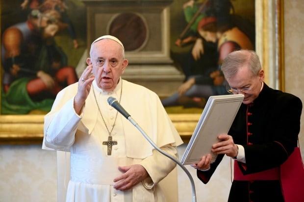매주 수요일 열리는 '일반 알현'에 참석한 프란치스코 교황. /사진=EPA