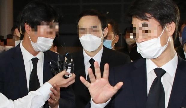 지난 7월 고 박원순 서울시장 빈소에 들어서는 아들 박주신 씨. /사진=연합뉴스